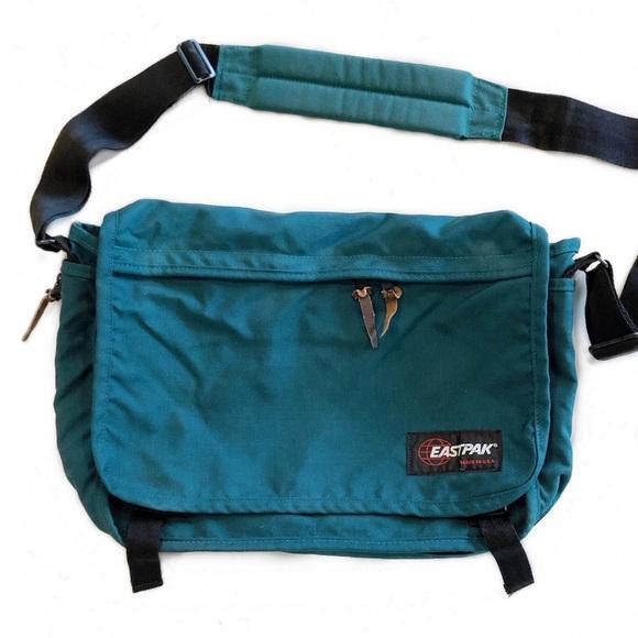 Eastpak Other - [Eastpak] Vintage Messenger Bag Green